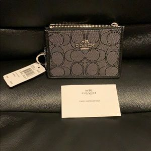 Authentic COACH Mini Skinny Id Case